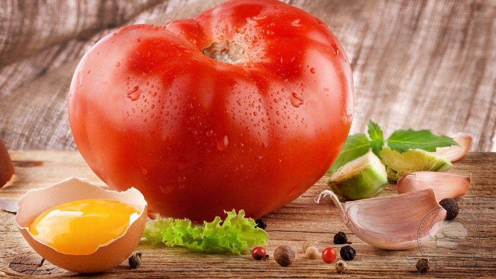Йомырка белән помидор салаты